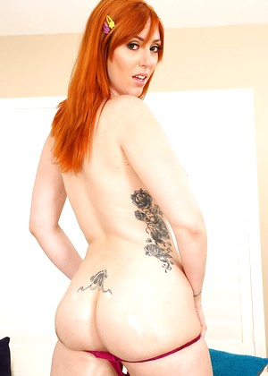 Lewood Lauren Phillips Daily Redhead Selection