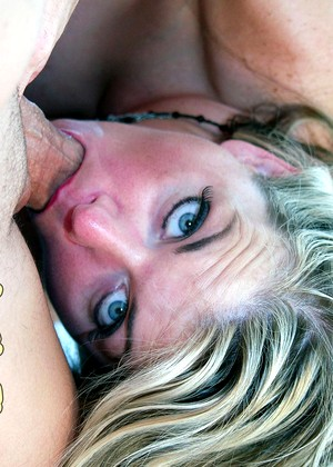 Loveyourtits Vicky Vette Decent Cum Shots Hdimage