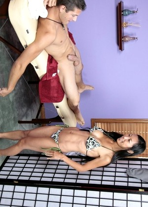 Massageparlor Tia Ling Features Brunette Series