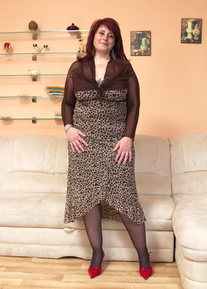 Hot redhead fucking reverse cowgirl