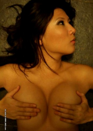 Meandmyasian Meandmyasian Model Browsing Lingerie Sex Tape