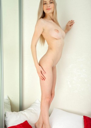 Metart Lenore Fun Blonde Model