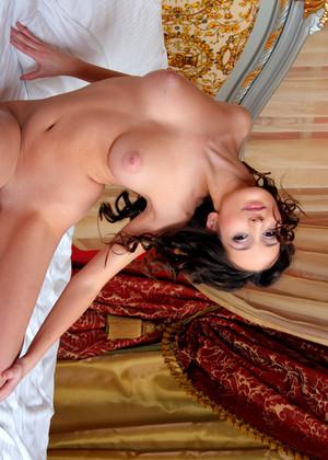 Gina forum sweet ladies images.dujour.com