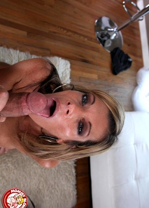 Mommyblowsbest Kristal Summers Local Mature Milf Cutie