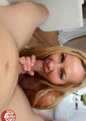 Mommyblowsbest Lisa Demarco Fullhd Milf Pov Graphics