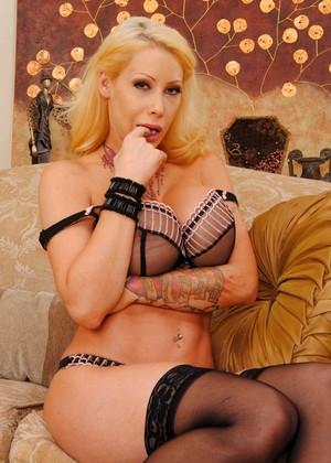 Candy Manson jpg 4