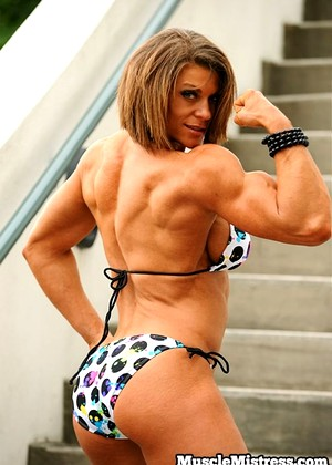 Muscularity Tracy Weller Average Fitness Babe Bikini Doc