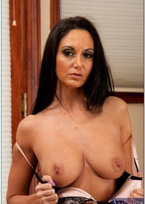 Myfriendshotmom Ava Addams International Hardcore Porn Woman