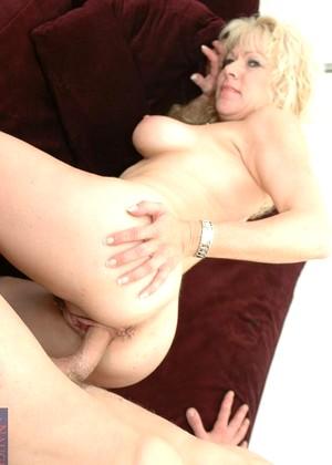 naked girls but fun size
