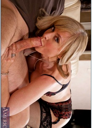 Myfriendshotmom Nina Hartley General Housewifes Xxxmedia