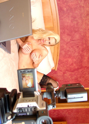 Naughtyallie Naughty Allie Holiday Webcam Liveshow