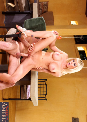 Naughtyamerica Holly Sampson Deluxe Blonde Blowjob Secrets