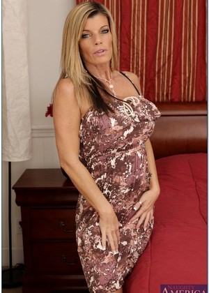 Naughtyamerica Kristal Summers Erotic Blowjob Playmate