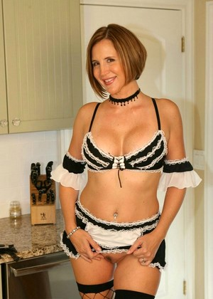 Naughtyathome Desirae Spencer Vip Milf Selection