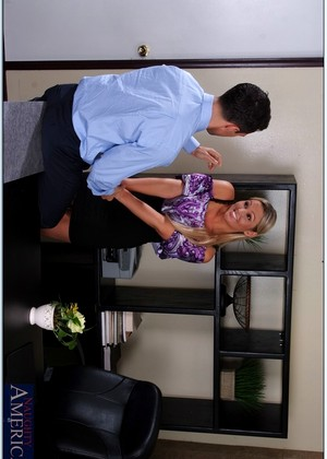 Naughtyoffice Abbey Brooks A Lot Of Sucking Hqxxx