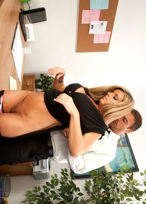 Naughtyoffice Kristal Summers High Def Secretary Book