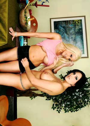 Neighboraffair Gina Lynn Mindy Main Gerson High Heels Xxxmobi