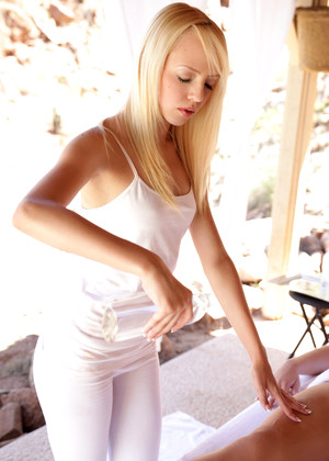 Nubilefilms Dani Desire Sierra Nevadah Ideal Blonde Zip
