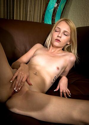 Kate Bloom jpg 9