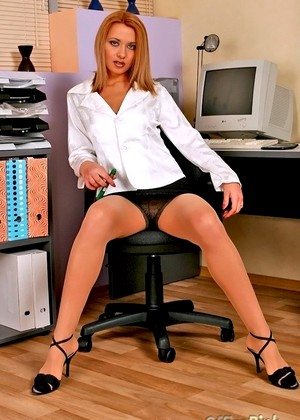 Officepink Officepink Model Kickass Office Babes Sexpicture