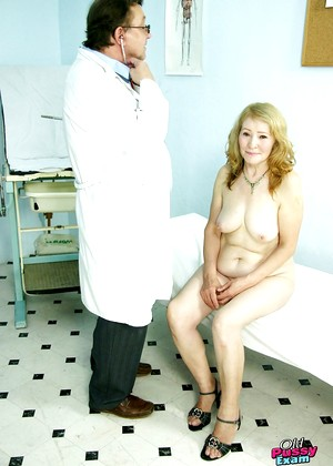 Oldpussyexam Oldpussyexam Model Cutest Spreading Premium Edition