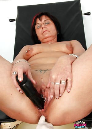 Oldpussyexam Oldpussyexam Model Fun Fingering Club