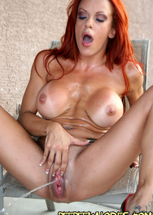 Peepeewhores Shannon Kelly Interesting Redhead Mobi Porno