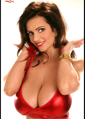 Pinupfiles Denise Milani Reliable Brunettes Consultant