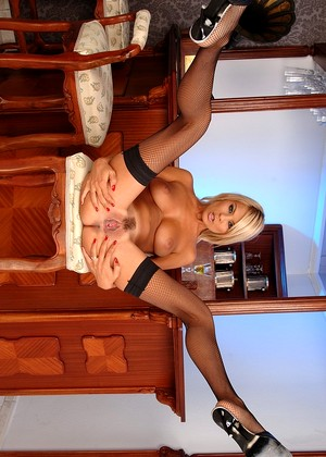 Pixandvideo Jasmine Rouge Winter Blonde Site