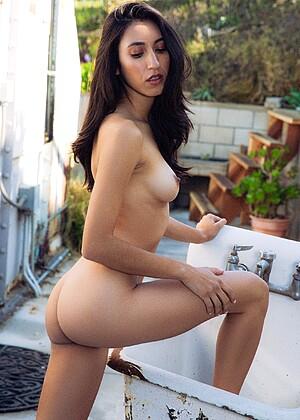 Nackt Bridgett Wise  Bridget Wright