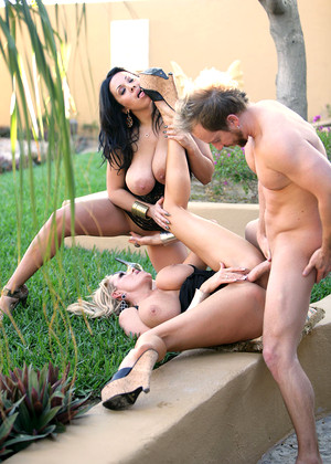 Pornfidelity Sienna West Kelly Madison Enjoy Group Sex Porngirl