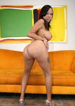 Pornstarslikeitbig Lacey Duvalle Friendly Butts Program