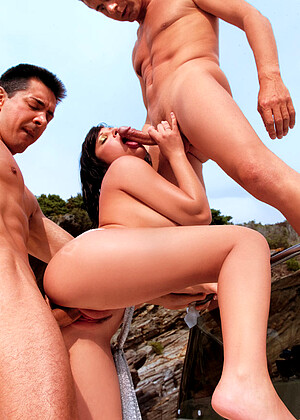 Private Rebeca Linares Sands Pussy Licking Maikocreampies