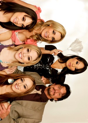 Realityjunkies Tommy Gunn Asa Akira Rocco Reed Tanya Tate Her Clothed Free Porn