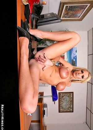 Realitykings Nikki Benz May Big Tits Porngirl