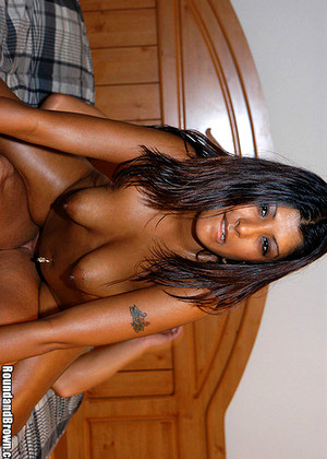 Roundandbrown Roundandbrown Model Massive Blowjob Pov