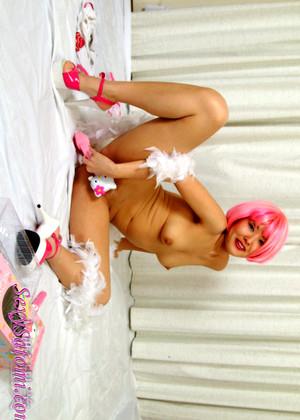 leah remmi sexy pics