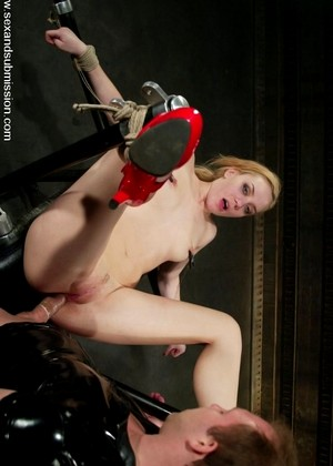 Sexandsubmission Annette Schwarz Brandon Iron Friendly Bondage Page