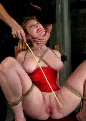 Sexandsubmission Darling Blaze Kickass Bdsm Art
