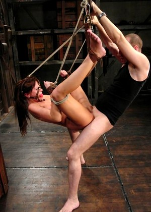 Sexandsubmission Holly Wellin Simple Bondage Report