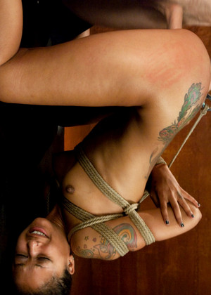 Sexandsubmission Skin Diamond Sexist Bondage Fuckingstar Sexcam
