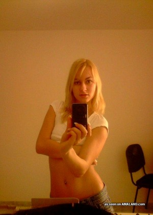 Slutswithphones Slutswithphones Model Hidden Amateur Girls Hdphoto