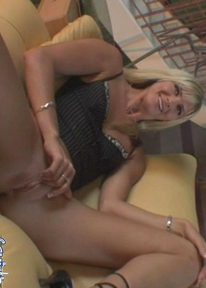 Squirting101 Ashley Long Optimized Pee Hdxxx