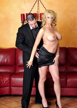 Stormydaniels Stormy Daniels Trendy Shaved Pussy Sexbabe