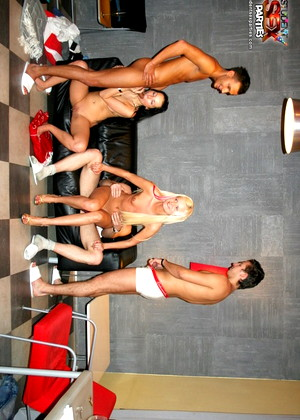 Studentsexparties Studentsexparties Model X Rated Moresome Sex Gossip