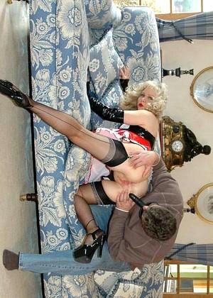 Sue nylon British nylon,