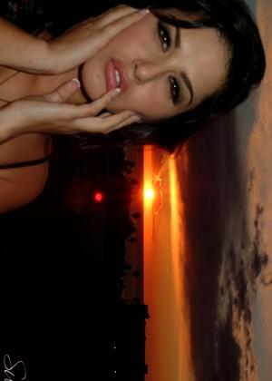 Sunny Leone jpg 11