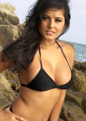 Sunny Leone jpg 4