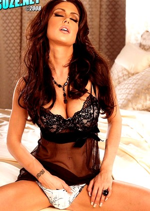 Suze Jessica Jaymes Brand New Lingerie Mobileimage