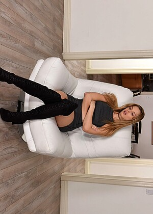 Teamskeet Abigail Mac Jillian Janson Gaggers Brunette Emotional
